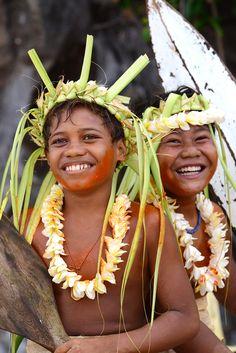 so happy - Anuta, Solomon Islands Tonga, Vanuatu, Melanesian People, Islands In The Stream, Solomon Islands, Marshall Islands, Cook Islands, South Pacific, French Polynesia