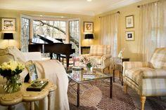 rooms decorated with a baby grand piano | schöne-zeitlose-einrichtung-ideen-klassische-möbel-designs-muster ...