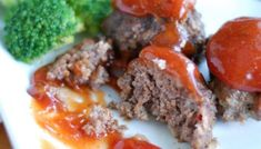 Food Lovin' Family - Easy, family friendly recipes. Mini Meatloaf Recipes, Best Meatloaf, Meat Recipes, Cooking Recipes, Meatloaf Burgers, Chicken Recipes, Cooking Beef, Amish Recipes, Dutch Recipes