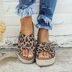 Kadın Omuz Çantaları Çember Hasır Çantalar Casual Rattan Büyük Kapasiteli H - Hazinelerin Merkezi Peep Toe Flats, Peep Toe Platform, Open Toe Sandals, Wedge Sandals, Platform Shoes, Espadrille Sandals, Wedge Shoes, Jelly Sandals, Heeled Sandals