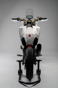 – New 2020 Concept Honda Motorcycles unveiled at EICMA – If these guys can take a and turn into this… The Super-Motard and Adventure bikes – I want to see them do the same with the and haha! For the fourth successive year, Honda's stand at EICMA – … Trail Motorcycle, Motorcycle Types, Motorcycle Design, Bike Design, Moto Enduro, Scrambler, Honda Cb125, Electric Bike Kits, Honda Africa Twin
