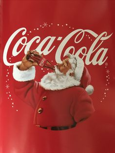 Coca-Cola santa 🎅🏻 Coke Ad, Coca Cola Ad, Always Coca Cola, World Of Coca Cola, Pepsi, Vintage Santas, Vintage Christmas, Mary Christmas, Sodas