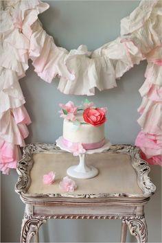 DIY Cake Crown See more here: http://www.weddingchicks.com/2013/08/14/diy-cake-crown/