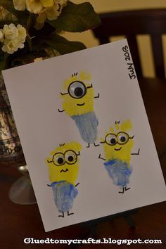 Glued to my Crafts: Despicable Me Minions {Crafts} Easy Crafts For Kids, Craft Activities For Kids, Summer Crafts, Preschool Crafts, Diy For Kids, Kid Crafts, Craft Ideas, Kids Fun, Minion Craft