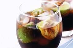 """""""Black Russian""""- Fill whiskey glass with ice, oz Vodka, 1 oz Coffee Liqueur. (really sweet- 2 max) Non Alcoholic Drinks, Fun Drinks, Yummy Drinks, Beverages, Yummy Food, Summer Cocktails, Cocktail Drinks, Cocktail Recipes, Drink Recipes"""