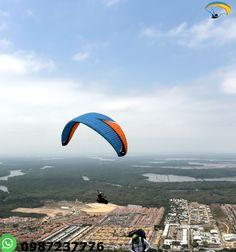 Parapente Guayaquil Ecuador Disfruta de un turismo de aventura en un vuelo en parapente durante 15 minutos con instructores calificados.