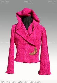 ABRIGO CON GORRO TELAR Pink Room, Weaving Art, Loom Knitting, Hippie Chic, New Image, Wool, My Style, Crochet, Womens Fashion