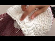 Örgü Bebek Puseti Düzgün Başlık Nasıl Yapılır? - YouTube Diy Crochet Basket, Crochet Basket Pattern, Baby Knitting Patterns, Doll Patterns, Crochet Patterns, Crochet Baby Clothes, Crochet Handbags, Crochet Videos, Crochet For Kids
