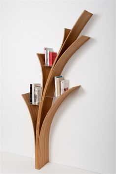 Awesome And Genius Tree Bookshelf Design And Styling Ideas -