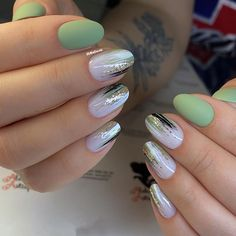What Christmas manicure to choose for a festive mood - My Nails Oval Nail Art, Oval Nails, Cute Acrylic Nails, Cute Nails, Nail Art Designs Videos, Nail Ring, Pretty Nail Art, Minimalist Nails, Dream Nails