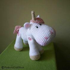 Luna the unicorn von madisonscraftnook auf Etsy, $4,99