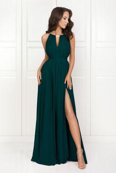Grad Dresses, Long Bridesmaid Dresses, Ball Dresses, Evening Dresses, Formal Dresses, Hunter Green Dresses, Dinner Gowns, Winter Dress Outfits, Outfit Winter