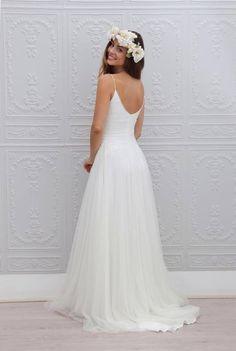 beach-wedding-dresses-3-08112015-ky