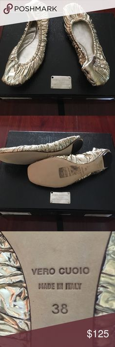 3 day sale⭐️Dolce & Gabbana ⭐️ read description Stunning metallic ballerina flats! Great price authentic box and dust bag included. They are a size 38 (8) but run small :( they run more like a 7 to 7.5. Purchased from Posh. Gorgeous very sad to let them go:( these won't last long so get em now💕 Dolce & Gabbana Shoes