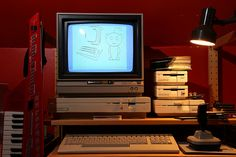 Alter Computer, Gaming Computer Setup, Computer Technology, Computer Science, Vintage Television, Retro Arcade, Old Computers, Old Video, Photo Lighting