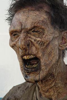 """Resident Evil Zombie Teeth_02.jpg - Anothe hero """"Zombie"""" from """"Resident Evil 3""""."""