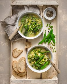 Chunky spring vegetable soup, simple, warming and delicious. #feedfeed #delicious #foodlover #foodinspiration #foodphotographer…