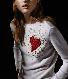 40 Cute And Beautiful Valentine Day's Outfit For Women Fashion Details, Diy Fashion, Fall Fashion, Diy Clothes, Clothes For Women, Heart Sweater, Valentine's Day Outfit, Embroidery Fashion, Mode Hijab