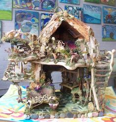Beautiful Art: Another Fairy House Creation displayed in our new Gallery! Fairy Land, Fairy Tales, Kobold, Fairy Furniture, Miniature Furniture, Fairy Crafts, Gnome House, Fairy Garden Houses, Love Fairy