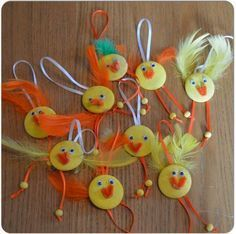 påskekyllinger i tre Diy Crafts Hacks, Diy And Crafts, Crafts For Kids, Duck Crafts, Easter Crafts, Christmas Tree Crafts, Xmas Ornaments, Craft Projects, Projects To Try