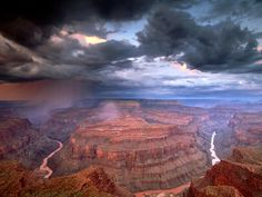 There is no way to capture the scale of the Grand Canyon. You have to stand at the rim and look into it to experience it.