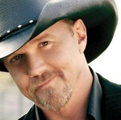 Don't miss your chance to see one of country's biggest stars at The Hanover Theatre in Worcester this fall!