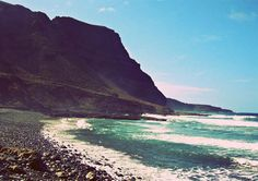 Secret Beaches on Gran Canaria Spain Holidays, Canario, Canary Islands, Mountains, Distance, Water, Beaches, Traveling, Outdoor