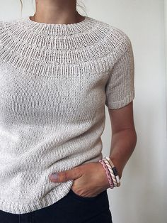 Ravelry: stitches and 30 rows = 10 cm - Anker's Summer Shirt pattern by PetiteKnit Knitting Blogs, Sweater Knitting Patterns, Knit Patterns, Hand Knitting, Knitting Sweaters, Knitting Designs, Summer Sweaters, Summer Shirts, Knit Shirt