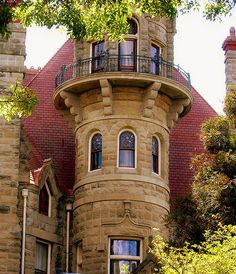 Craigdarroch Castle was built between 1887- 1890 in Victoria, British Columbia.     #mansion #house