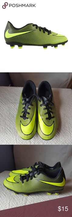 46797b06f68 Nike youth soccer cleats size 2. Neon yellow Excellent preowned condition.  Size 2 youth