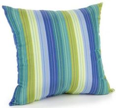 Love the colors in these outdoor pillows!  I think it goes great with the Argentine flag - celeste y blanco!!