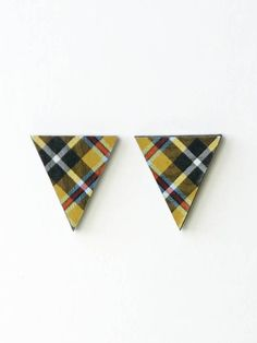 cornish tartan earrings, tartan earrings, cornish plaid earrings, cornish tartan stud, TREGONA TRIANGLES, sterling silver post and butterfly