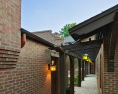 Fancy Architetcure Woodrow House Exterior Exposed Brick Wall