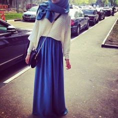 hijab maxi skirt Love the jumper, perfect transition from summer to autumn. Islamic Fashion, Muslim Fashion, Modest Fashion, Hijab Fashion, Modest Wear, Modest Dresses, Modest Outfits, Hijab Dress, Hijab Outfit