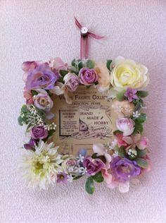 『フォトフレームにフラワーデコ❤』 Flower Frame, My Flower, Flowers, Welcome Boards, Make Photo, Zinnias, Framed Art, Floral Wreath, Wreaths