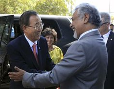 UN Secretary General Ban Ki-moon, left, is greeted by East Timorese Prime Minister Xanana Gusmao prior to their meeting in Dili, East Timor, Wednesday, Aug. 15, 2012. (AP Photo/Kandhi Barnez) ▼15Aug2012AP|UN chief says East Timor ready to protect itself http://bigstory.ap.org/article/un-chief-says-east-timor-ready-protect-itself #Ban_Ki_moon #Xanana_Gusmao #Dili #East_Timor #Timor_Lorosae