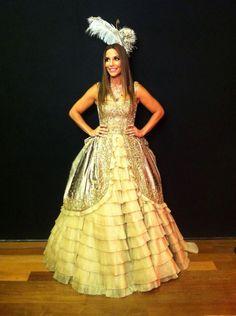 Com vestido de R$ 46 mil, Ivete Sangalo é uma rainha no Baile da Vogue;