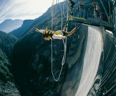 Bungee Jumping Extreme, Switzerland, Europe, Verzasca Dam jumper