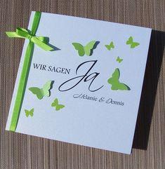Einladungskarte zur Hochzeit Schmetterlingsschwarm grün
