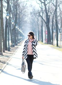 Today's outfit Today's Outfit, Lifestyle, Coat, Jackets, Outfits, Fashion, Down Jackets, Moda, Sewing Coat