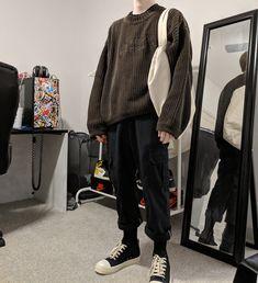 men's fashion tips Korean Fashion Men, Mens Fashion, Fashion Outfits, Fasion, Urban Fashion Women, Boy Fashion, Fashion Ideas, Fashion Tips, Aesthetic Fashion