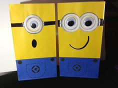 I want to make these for our Godson for Valentine's Day! :) Despicable Me Minions Birthday Party Yellow Minion Treat Goody Bags *** just DIY idea, not tutorial Birthday Party Treats, 4th Birthday Parties, Birthday Fun, Birthday Ideas, Despicable Me Party, Minion Party, Minion Bag, Minion Theme, Minion Birthday
