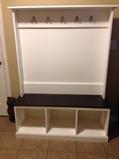 MudRoom, MudLocker, hall trees, Entranceways benches, tables , lockers, ikea, house, hall, closet, shelf, entrance, shoes, front, coat, entryway,furniture, catchall, runner, mud locker, mud room