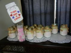 Cookies in a mason jar for bridal shower favors!