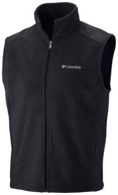 This hugely popular classic 250g fleece vest keeps your core warm in cold conditions. Offered in a wide range of colors, this versatile wardrobe staple is a key layering piece for outdoors adventures or everyday excursions. A zip-closed security pocket keeps valuables stashed safely.
