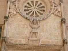chiesa romanica a Matera, rosone