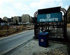 Berlin Mitte 1986 Eingang zum U-Bahnhof Stadtmitte