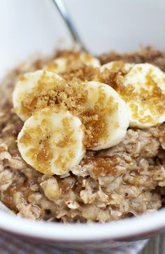 Spice up your morning oatmeal with these 8 ideas