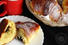 Cornuri cu magiun | Laura Laurențiu Dessert Drinks, Dessert Recipes, Desserts, Eggs Benedict Recipe, Camembert Cheese, French Toast, Food And Drink, Cooking Recipes, Gem