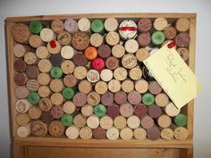 DIY Tablón de notas con corchos de botellas de vino